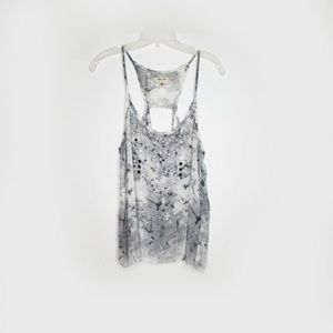 silence + noise Grey and White Swing Top Size L